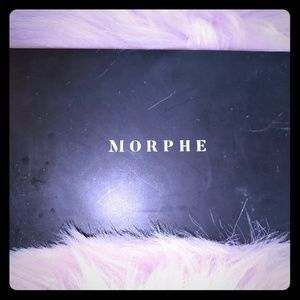 Morphe Highlight and Contour pallet